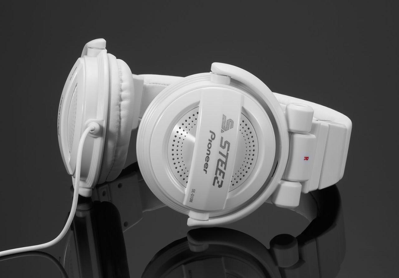 Powieksz do pelnego rozmiaru Pionier, pionner, pionneer, pioneer  SE-D10 M, SED10 M, SE D10 M SE-D10-M, SED10-M, SE D10-M SE-D10M, SED10M, SE D10M  słuchawki domowe, słuchawki z pałąkiem, słuchawki nagłowne, słuchawki nauszne, słuchawki zamknięte, słuchawki hifi, słuchawki z kablem jednostronnym, słuchawki z odłączanym przewodem, słuchawki składane, słuchawki przenośne, słuchawki do iPod, słuchawki do iPad, słuchawki do iPhone,  słuchawki do MP3, słuchawki do odtwarzacza MP3, słuchawki do odtwarzaczy MP3, słuchawki MP3